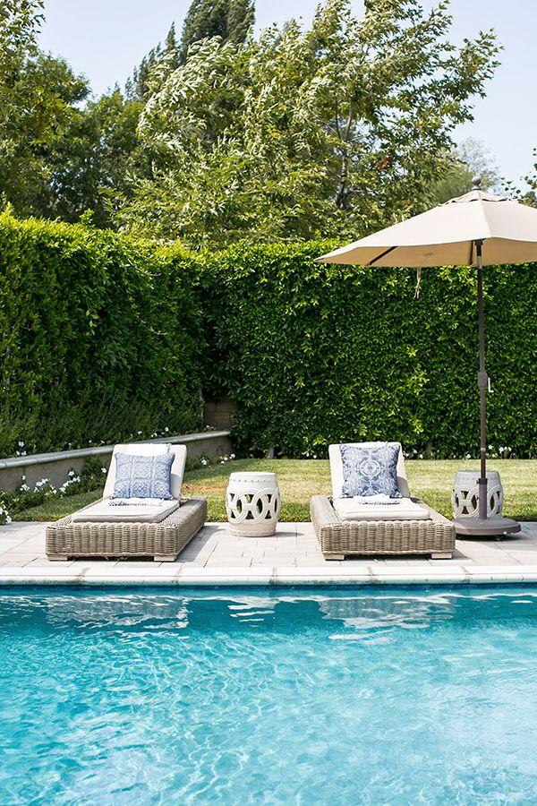 Backyard Style Our Top 26 Outdoor Pillows Backyard