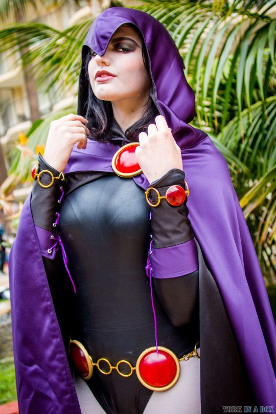 Raven from DC Universe  Cosplayer: Abby Normal Cosplay (http://facebook.com/abbynormalcosplay) Photographer: York In A Box
