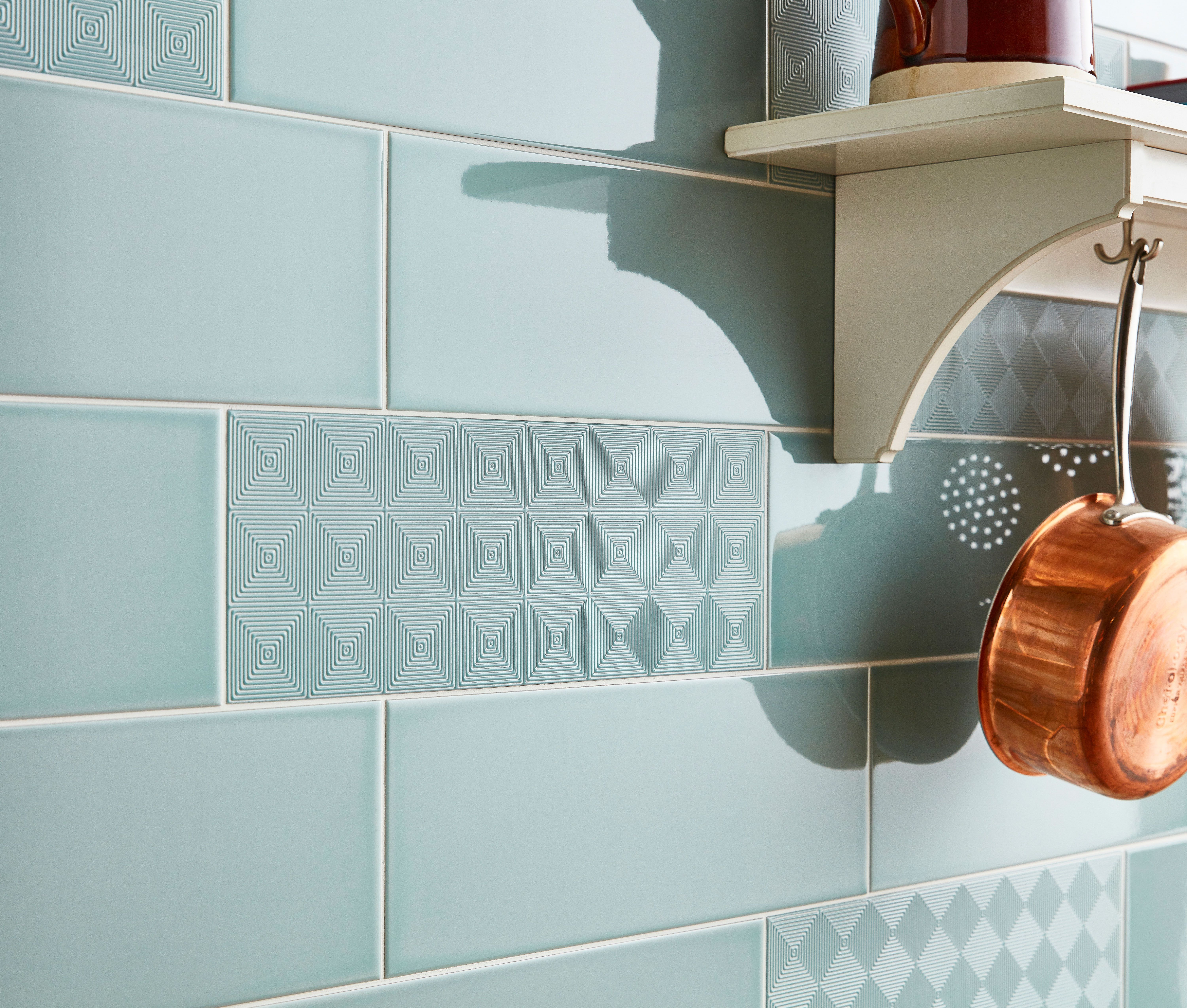 Create A Luxurious Statement In Your Bathroom Kitchen Or Lounge With These Charming Portobello Tiles