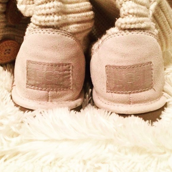 UGG Classic Cardy Tall Boots Cloud Perfect go-to cozy friend. Gently used but in good shape. A heathered Merino-wool blend boasts functional wooden logo buttons. #UGGS #Cardy #soft #cozy UGG Shoes Winter & Rain Boots