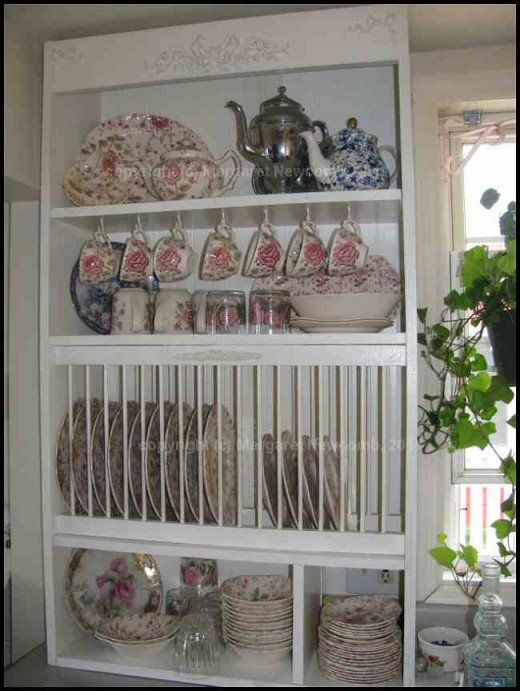 How to Build Your Own Plate Rack Cabinet #plateracks