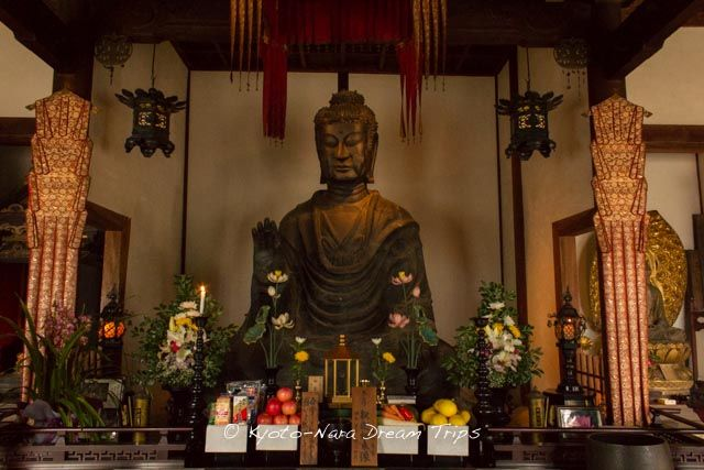"""This is the """"Asuka Great Buddha -飛鳥大仏"""" statue inside the main hall of the Asuka-dera (飛鳥寺) in Nara. According to pamphlet you receive at the entrance, it is the oldest Buddha statue in Japan. It was cast in 609 AD by Kuratsukuri no Tori (Also known as Tori Busshi-止利仏師) by request of Empress Suiko (推古天皇) and Prince Shōtoku (聖徳太子).  #AsukaDera, #飛鳥寺, #Nara, #Asuka, #明日香村, #AsukaGreatBuddha, #飛鳥大仏"""