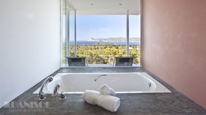 #bathroom #views #concrete