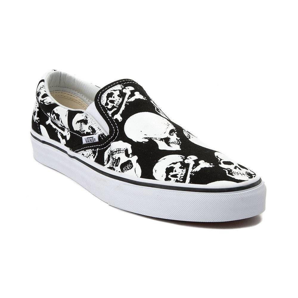 NEW Vans Slip On Skulls skate shoe