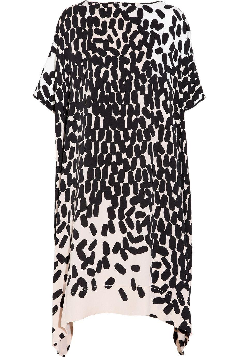 Scattered pebble print dress; monochrome pattern fashion // Diane von Furstenberg