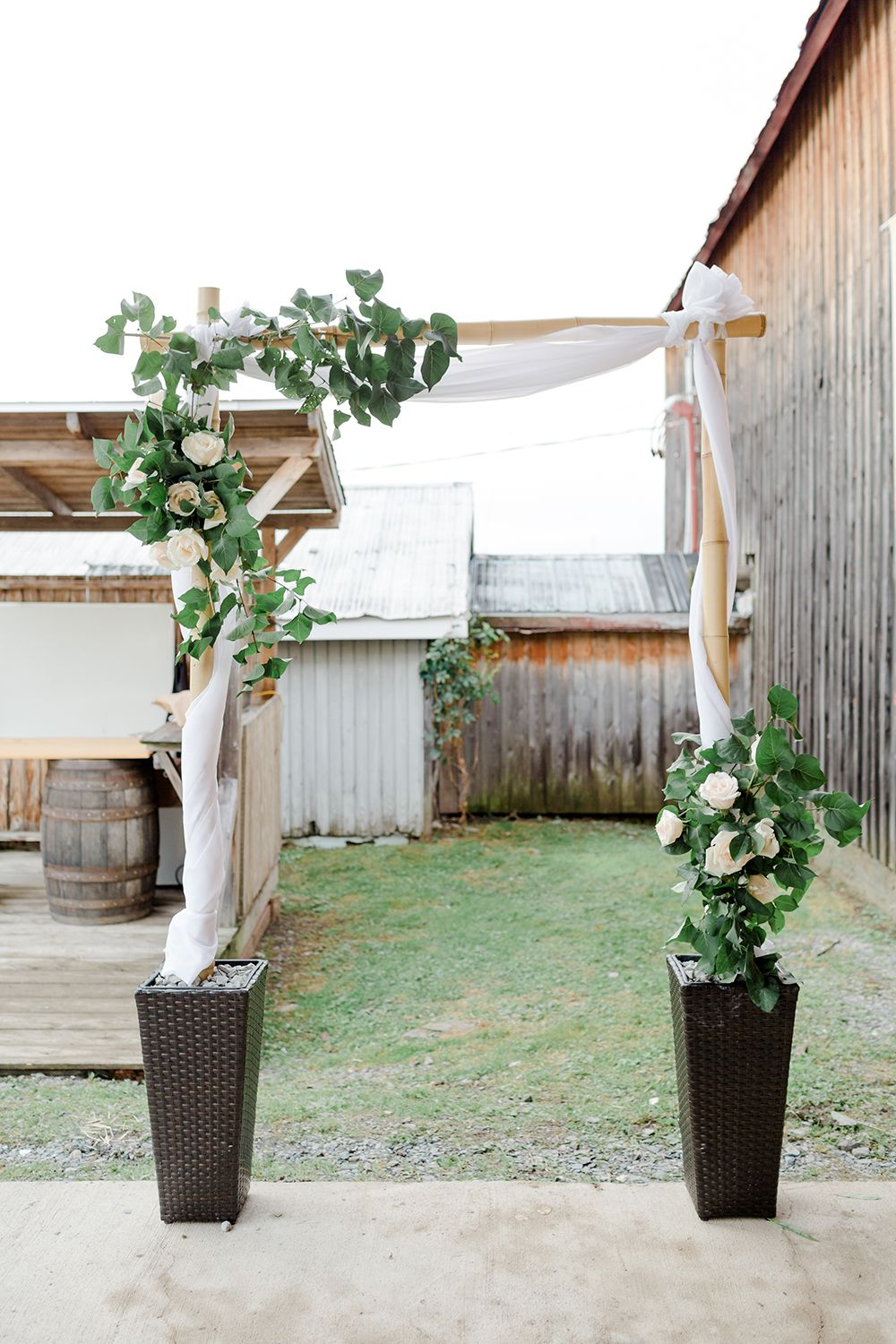 A Diy Bamboo Wedding Arch For Less Than 150 Tutorial Looks Quite Easy