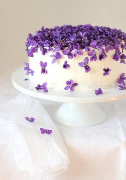 Fabulous Ideas For Cake Decoration With Edible Flowers Violet Cakes Beautiful Cakes Cake