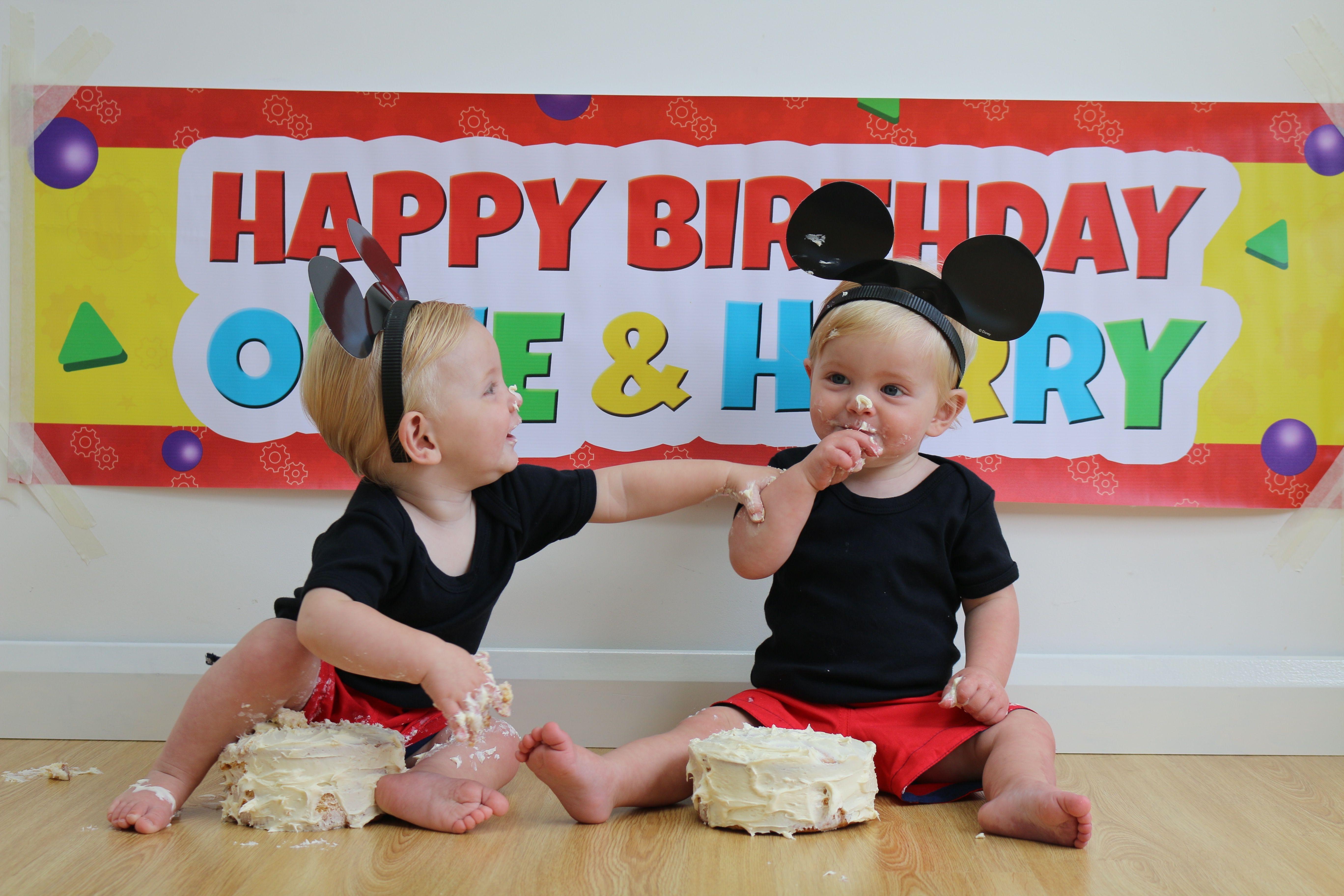 Cake smash on a budget twins 1st birthdays twin