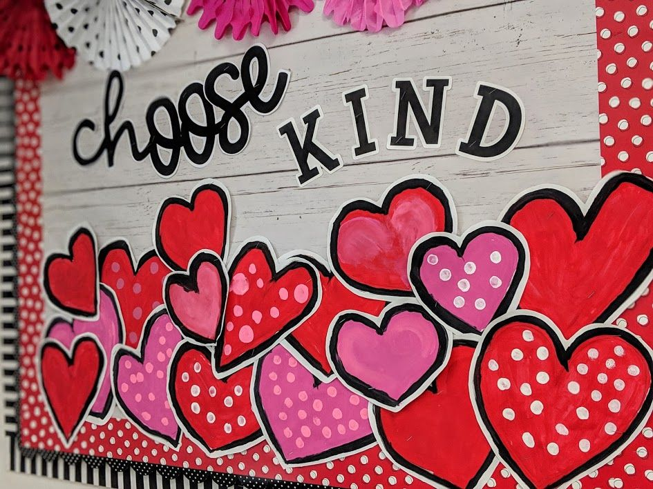 Choose Kind bulletin board ideas for teachers: Celebrate Kindness week, Valentine's Day ~simply sprout #valentinesdaybulletinboardideas