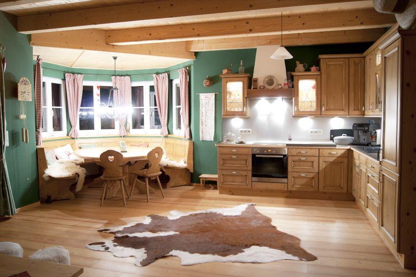 Landhausküche mit großem Esstisch Landhaus Küchen Pinterest - kche mit esstisch