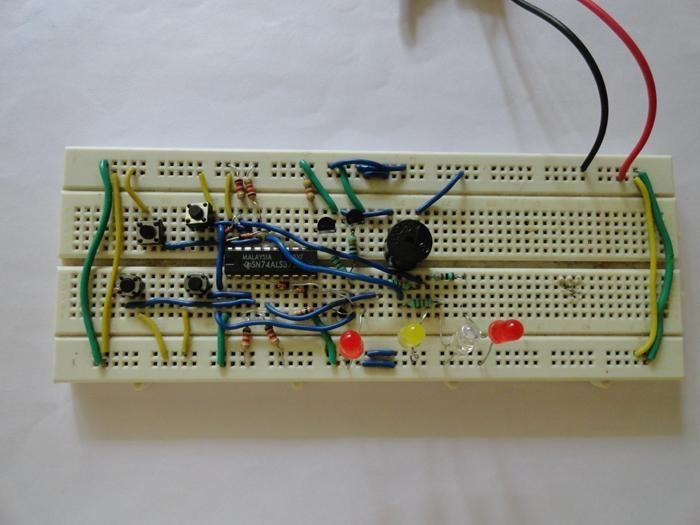 8 player quiz circuit diagram electronic circuits circuit rh pinterest com
