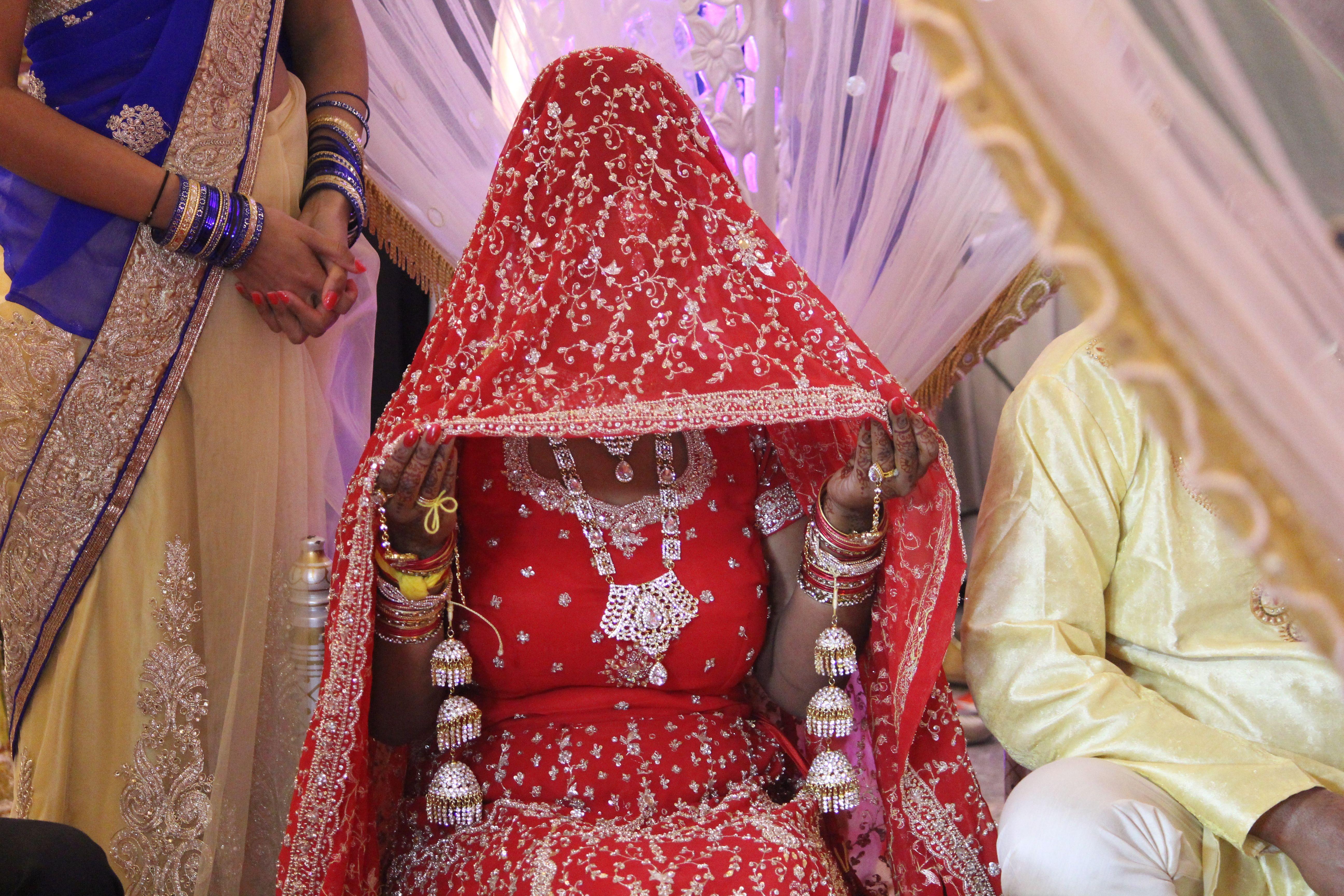 Zaterdag 12 september 2015, Almere. Bruid op Hindoestaanse bruiloft.