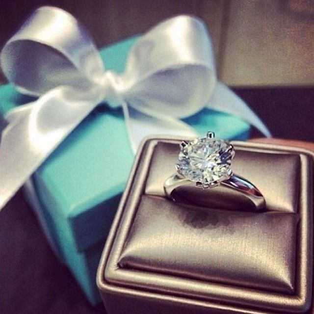 Tiffany Co I Had A Gorgeous Solitaire That Was Stolen Along With Most Of The Rest My Jewelry Years Ago One Saddest Losses