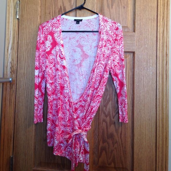 Ann Taylor Wrap cardigan Beautiful pink and white wrap cardigan. Worn once. Ann Taylor Sweaters Cardigans