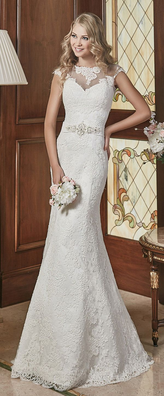 Elegant lace jewel neckline mermaid wedding dress with detachable