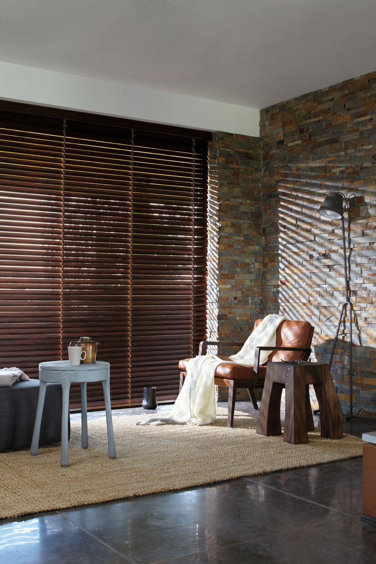 Luxaflex houten jaloezieën raambekleding pinterest ramen