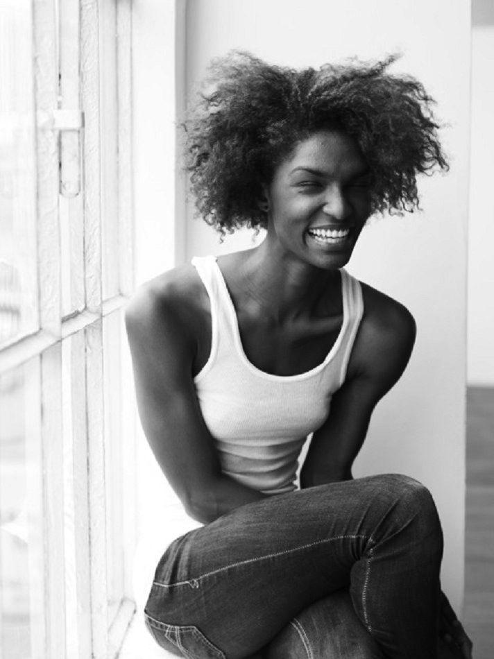 Black Beauty (more @ boards here : pinterest.com/fra411)