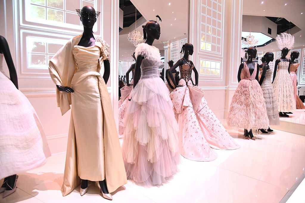 Clothing Displayed On Mannequinschristian Dior Designer Of Dreams Exhibition V Amp A Museum London Uk Museum Fashion Christian Dior Haute Couture Fashion