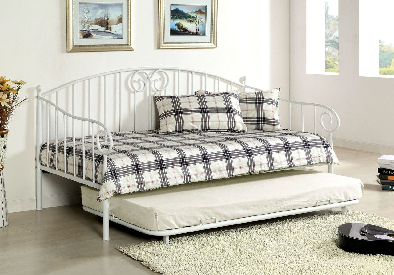 Hamden Cm1603wh White Great For A Guest Room This Curvy Wrought Iron Look Day Traditional Daybedstrundle