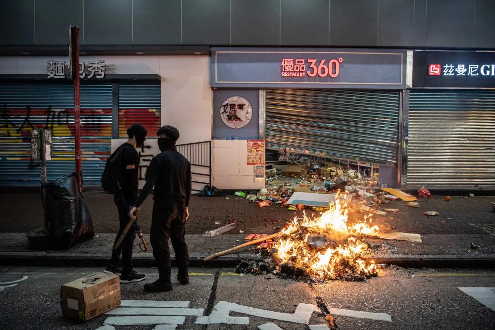 From Shake Shack To Starbucks The Hong Kong China Standoff Is