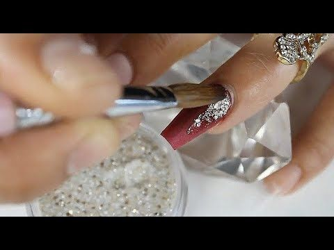Uñas acrílicas rojas con difuminado brillante  típs para encapsular mejor |