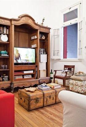 Buena idea para transformar un viejo ropero en una - Transformar un mueble ...