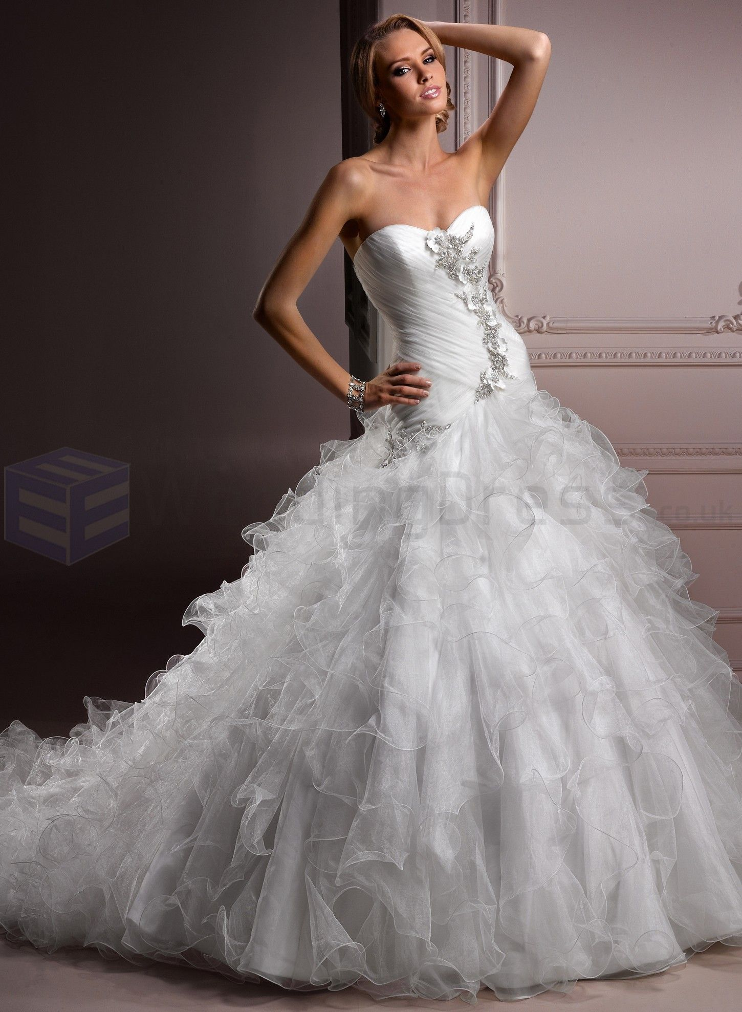 Tulle sweetheart neckline ball gown wedding dress beauty brides