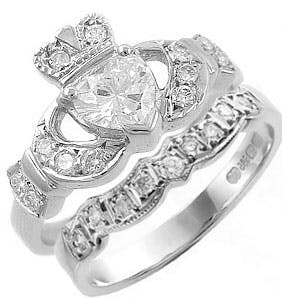 Claddagh Ring Set With D Color 1 2ct Heart Shaped Diamond Celtic Wedding Rings Heart Shaped Diamond Irish Wedding Rings