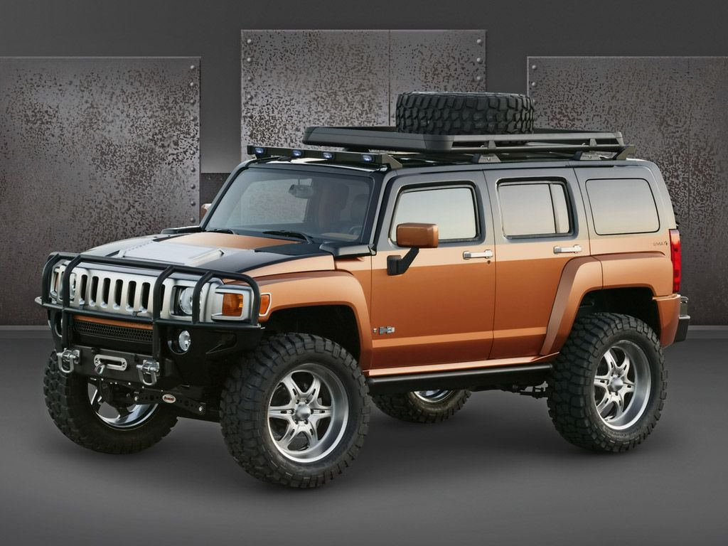 The hummer h3 is the smallest model in the american auto hummer brand and settled in