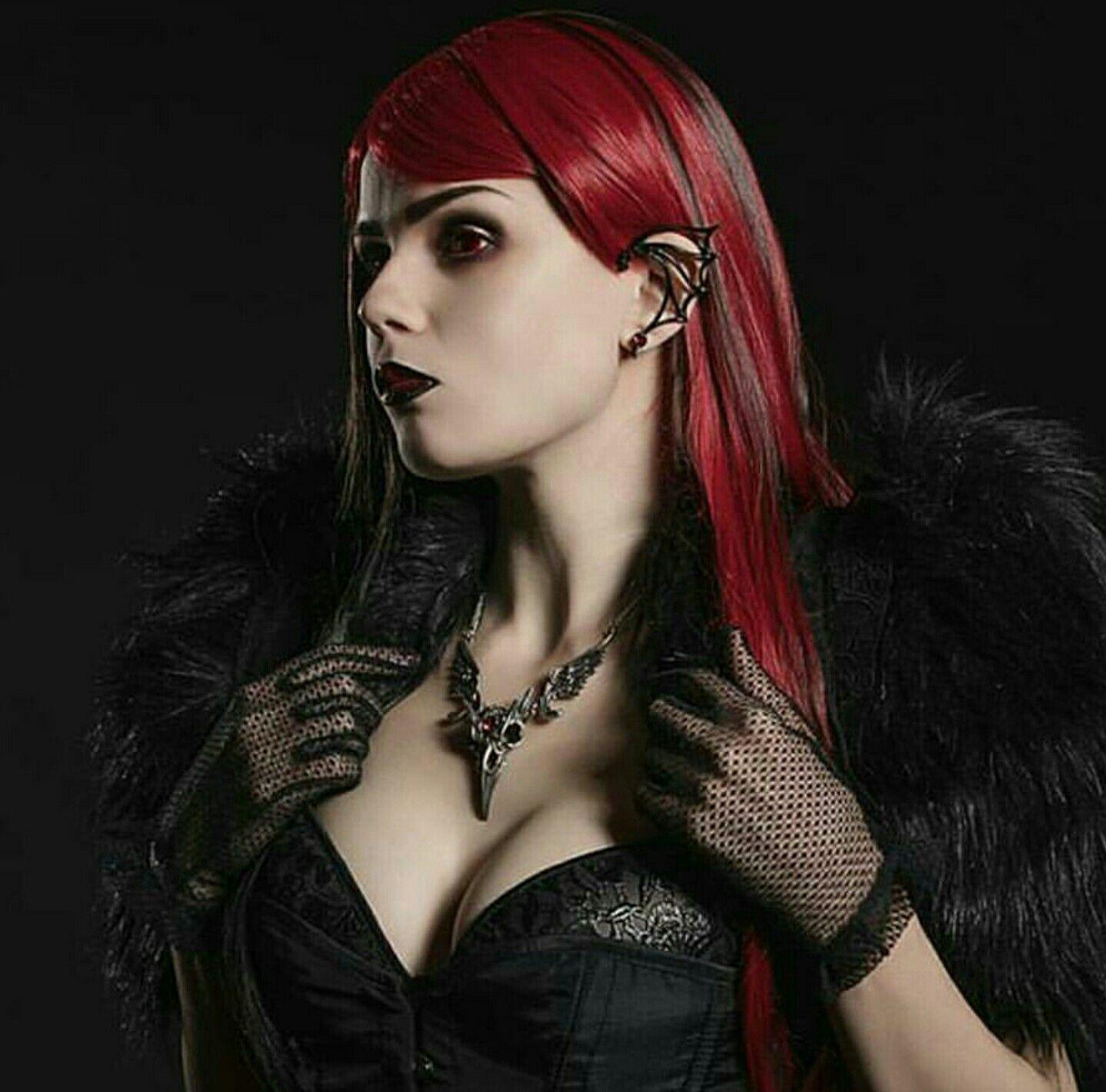 goddesssbonbon Gothic art Pinterest