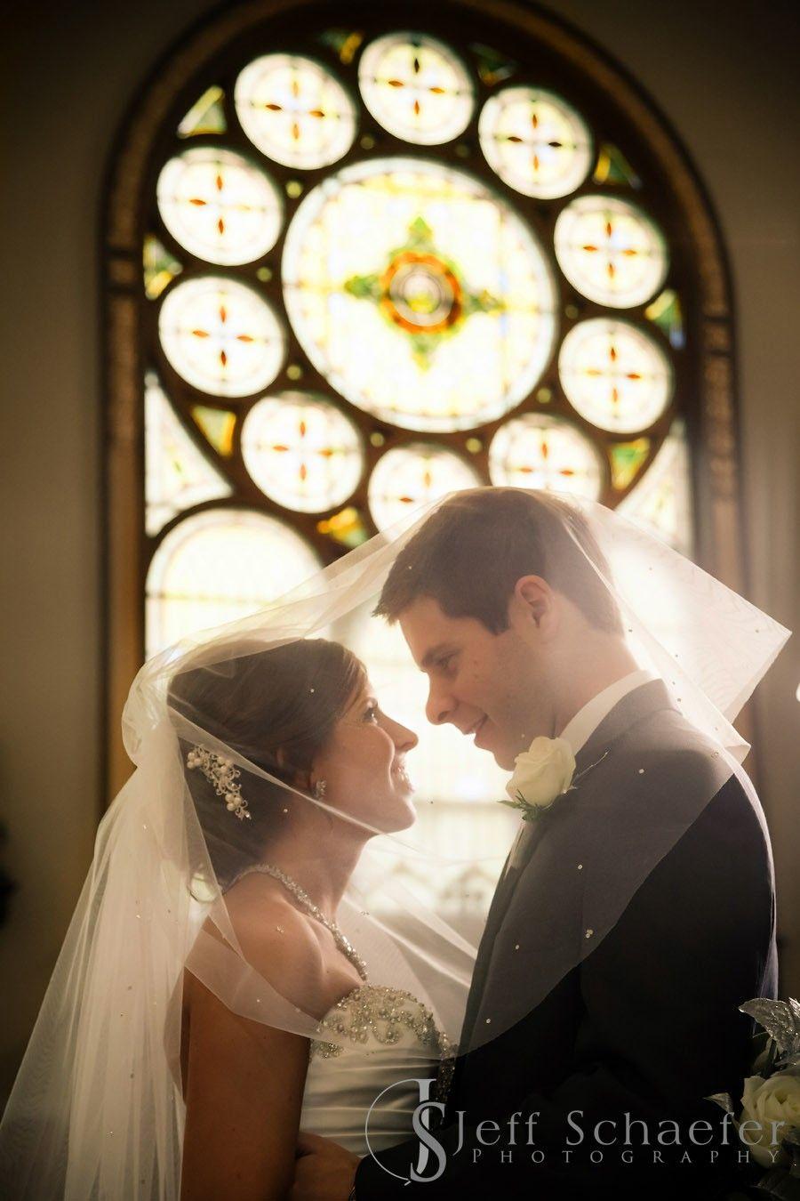 St Benedict S Church Cincinnati Wedding Photographers Jeff Schaefer Photogra In 2020 Cincinnati Wedding Photographers Cincinnati Weddings Church Wedding Photography