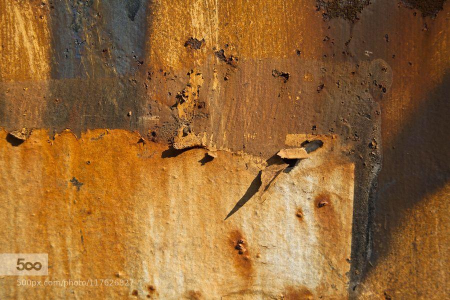 Beauté de la rouille - Pinned by Mak Khalaf Rust beauty Abstract EOS 5D Mark IIGerard Hermandabstractabstractionabstraitcanondoorformatpaysagefrancemetalombreparisporterouillerustshadow1508037549 by Gerard_Hermand