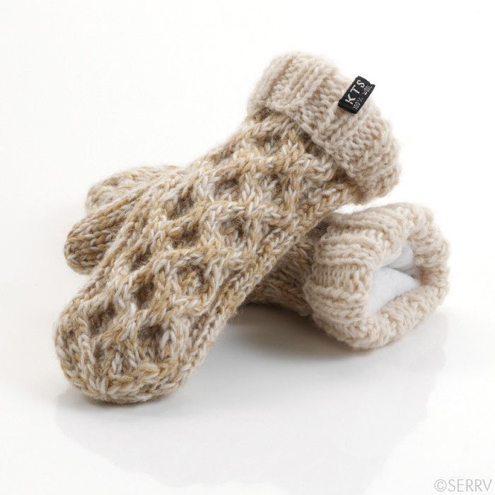 Chunky Cable-Knit and Fleece Lined Mittens