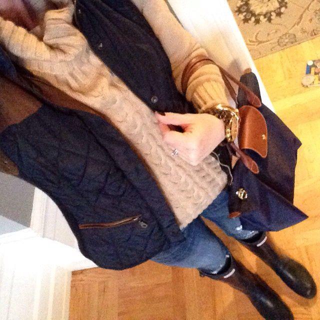 Instagram @headedoutthedoor #ootd || #bananarepublic sweater | #zarausa vest | #vigossusa jeans | #michaelkors watch | #jcrew bracelet | #longchamp bag | #hunterboots