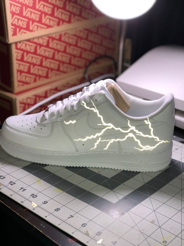 White Reflective lightning Air Force 1 in 2020 | White nike