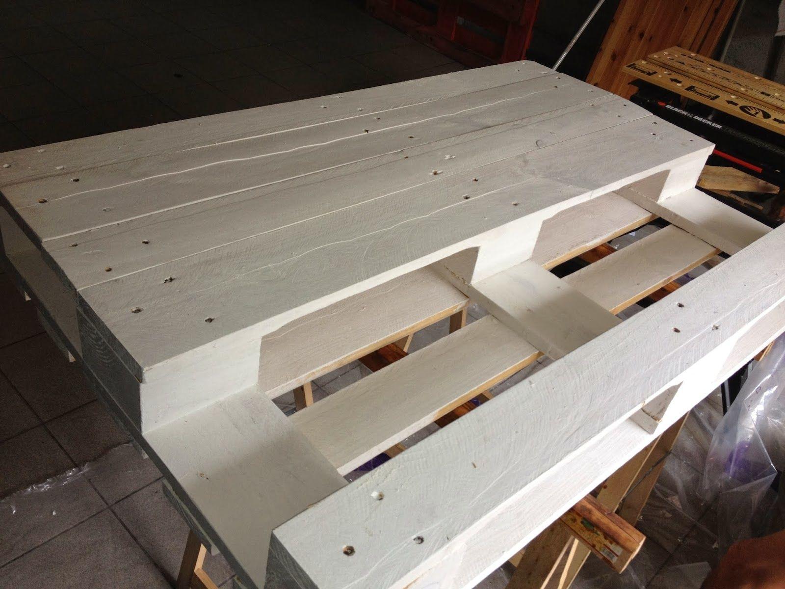 fabriquer une table basse relevable. table basse relevable design
