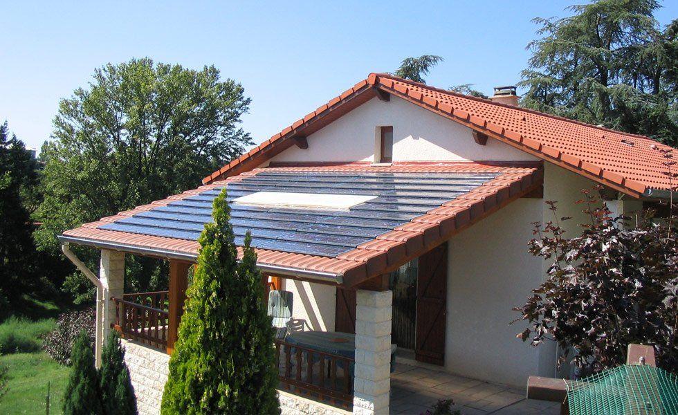 Integration de tuiles solaire IMERYS en toiture à St Paul en Jarez