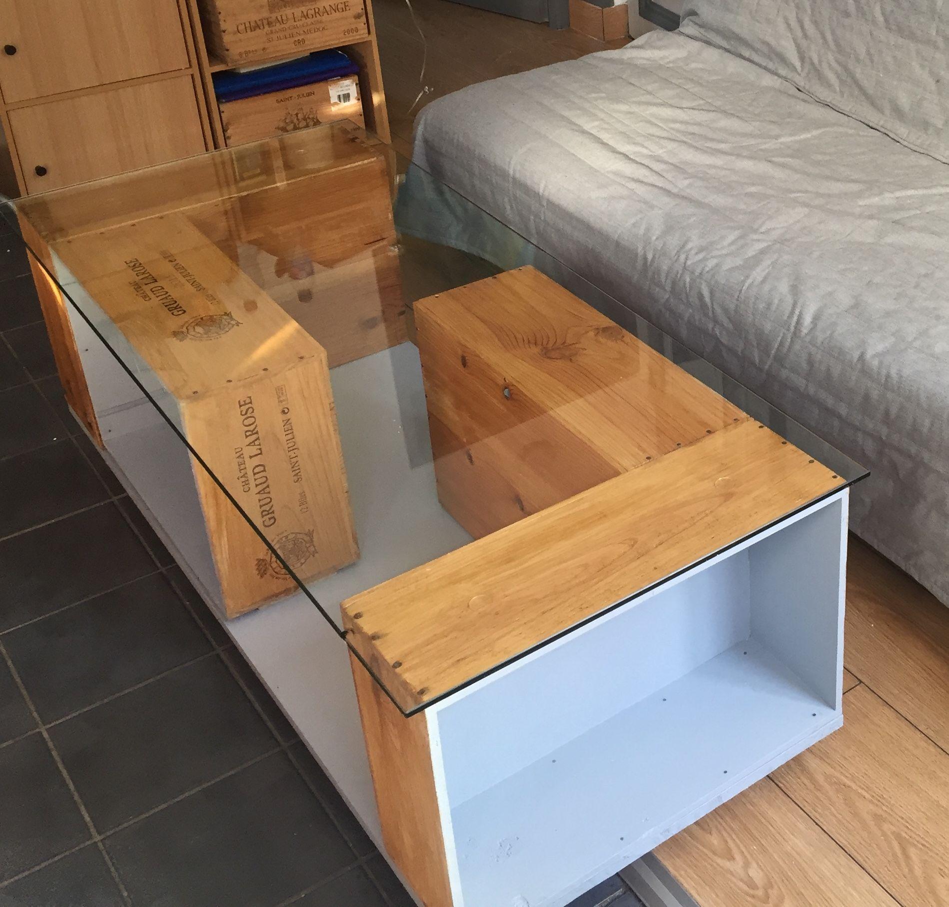 Table basse partir de caisses vin home decor pinterest salons tabl - Tables basses carrees ...