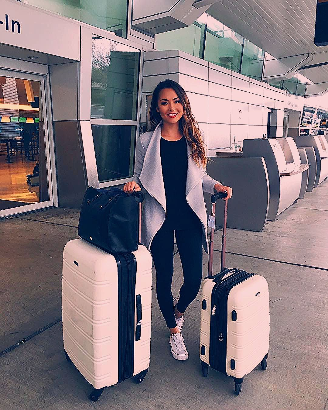 Photo of 6 Outfits to Wear to the Airport – Crossroads