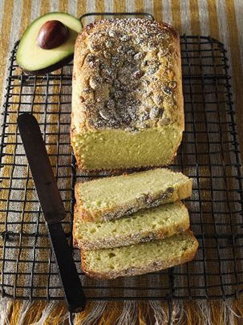 Avocado Ricotta Pound Cake at This Mama Cooks! On a Diet - thismamacooks.com