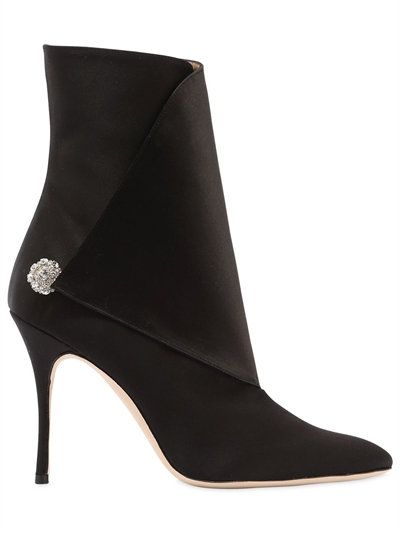 2b4f48a861657 MANOLO BLAHNIK 105Mm Diazhigri Silk Satin Ankle Boots, Black. #manoloblahnik  #shoes #boots