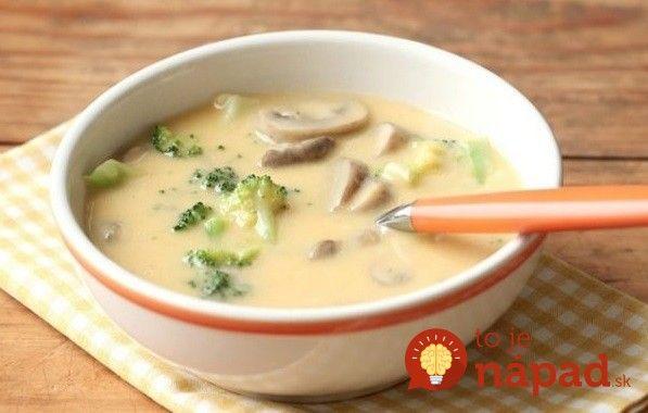 Máte chuť na dobrú a skutočne rýchlu polievku? Vyskúšajte voňavú syrovú polievku so zeleninou. Zasýti a chutí skutočne vynikajúco.