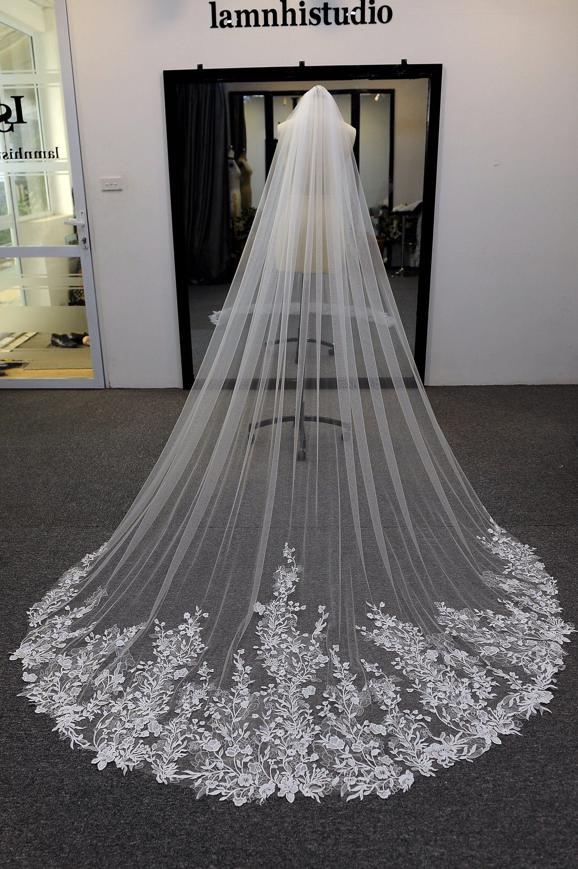 Ls91/ flower lace veil/ cathedral veil/ 1 tier veil