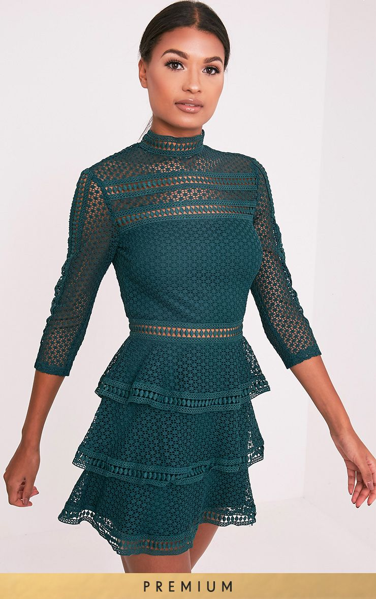 Caya Emerald Green Lace Panel Tiered Mini Dress  866af4392