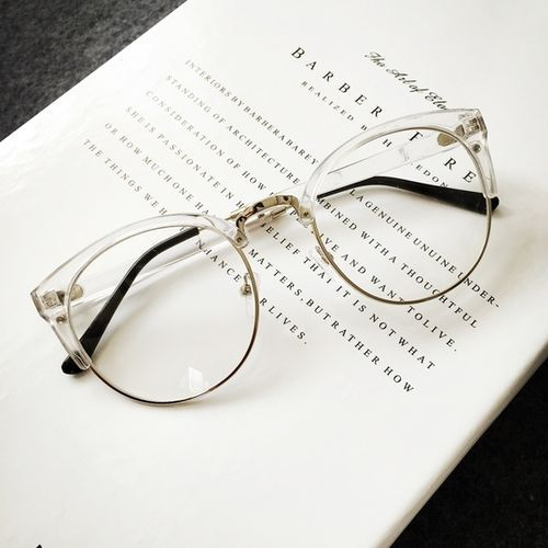Clear Frame Glasses by HONEYMIX.