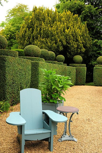 Haseley Court Oxfordshire; beautiful courtyard. Nancy Lancaster last home.