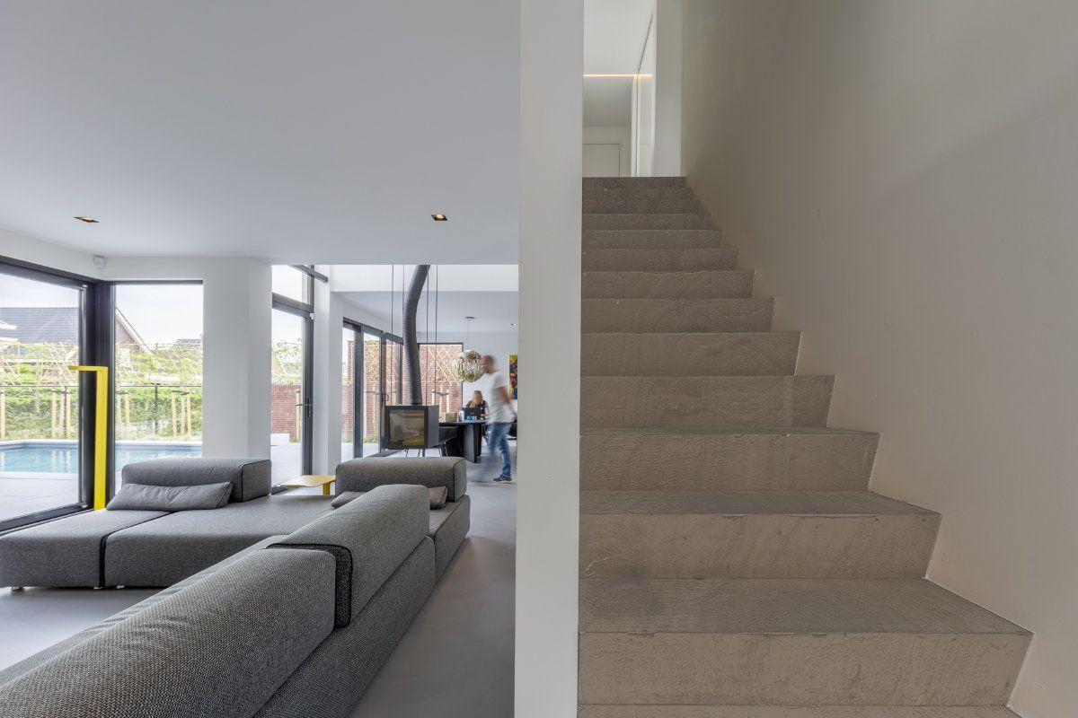 Mooie betonnen trap dichte muur naast de trap ideen barneveld