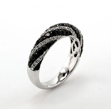 Black and white diamond ring set in 18k white gold. LQ13232L