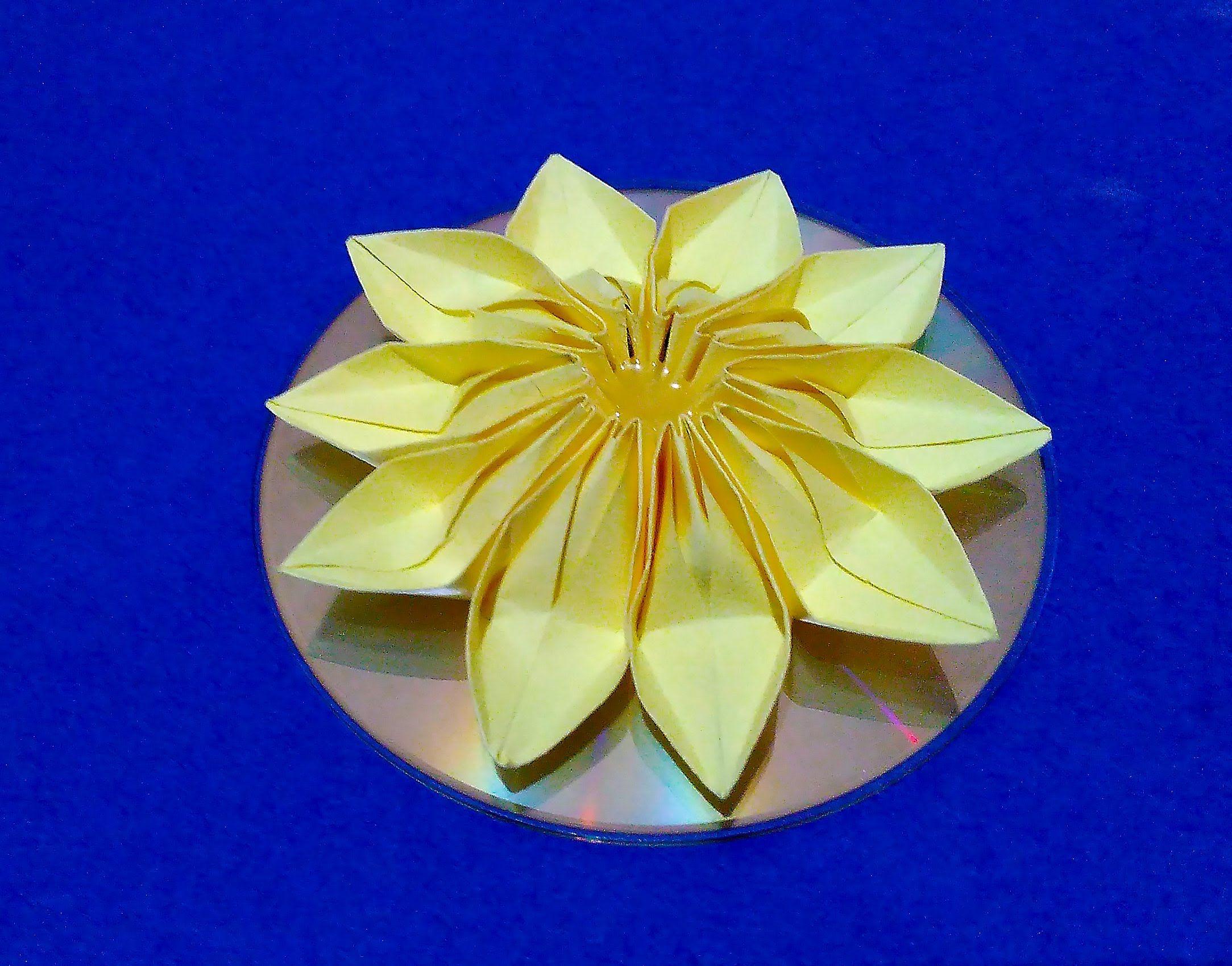Easy 3d Origami Flower On Cd Diy Origami Room Decorating Ideas