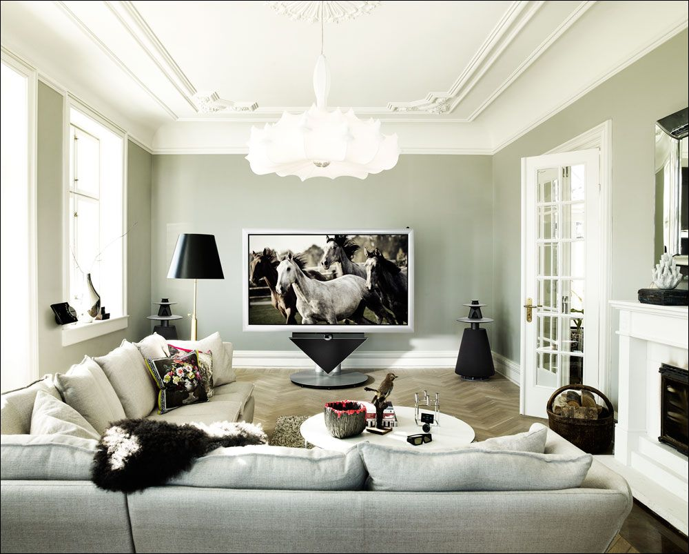 Love The 85 Inch Hd Tv As The Centerpiece Of This Simple Modern Room Decor